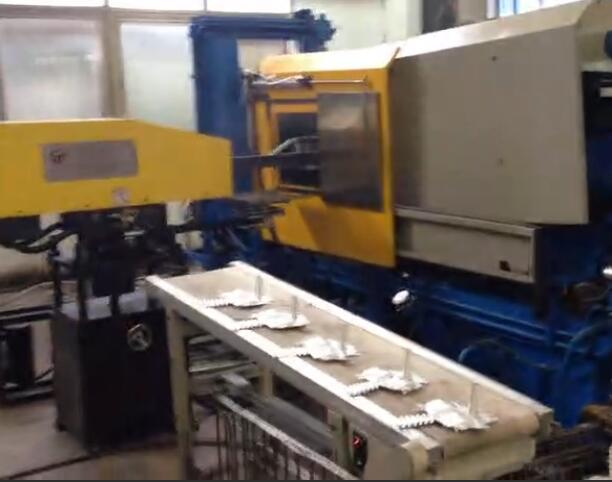 Hot chamber machine production video